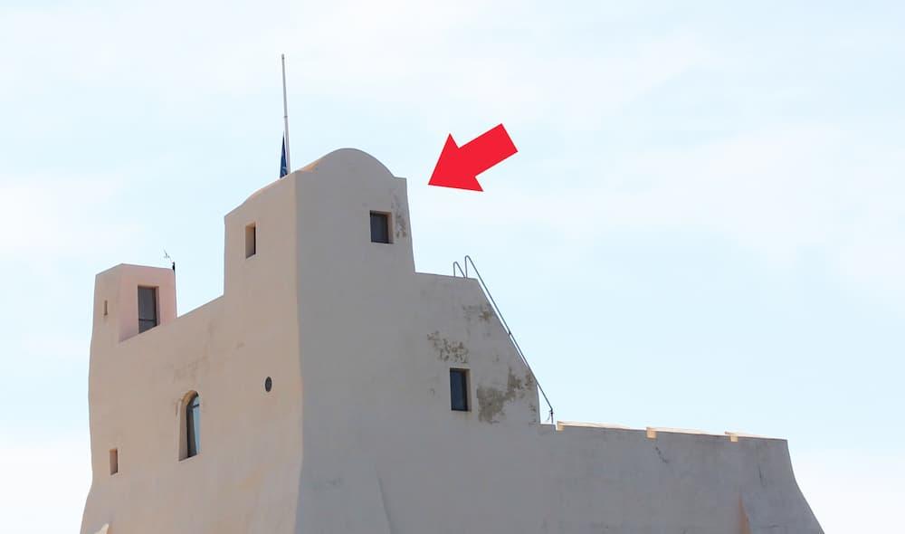 Particolare struttura superiore Torre Truglia Sperlonga